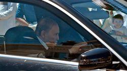 Bouteflika regagne Alger après des contrôles médicaux périodiques à Genève (Présidence de la