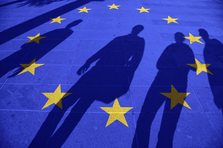 Το πέπλο της ακροδεξιάς που σκεπάζει την Ευρώπη