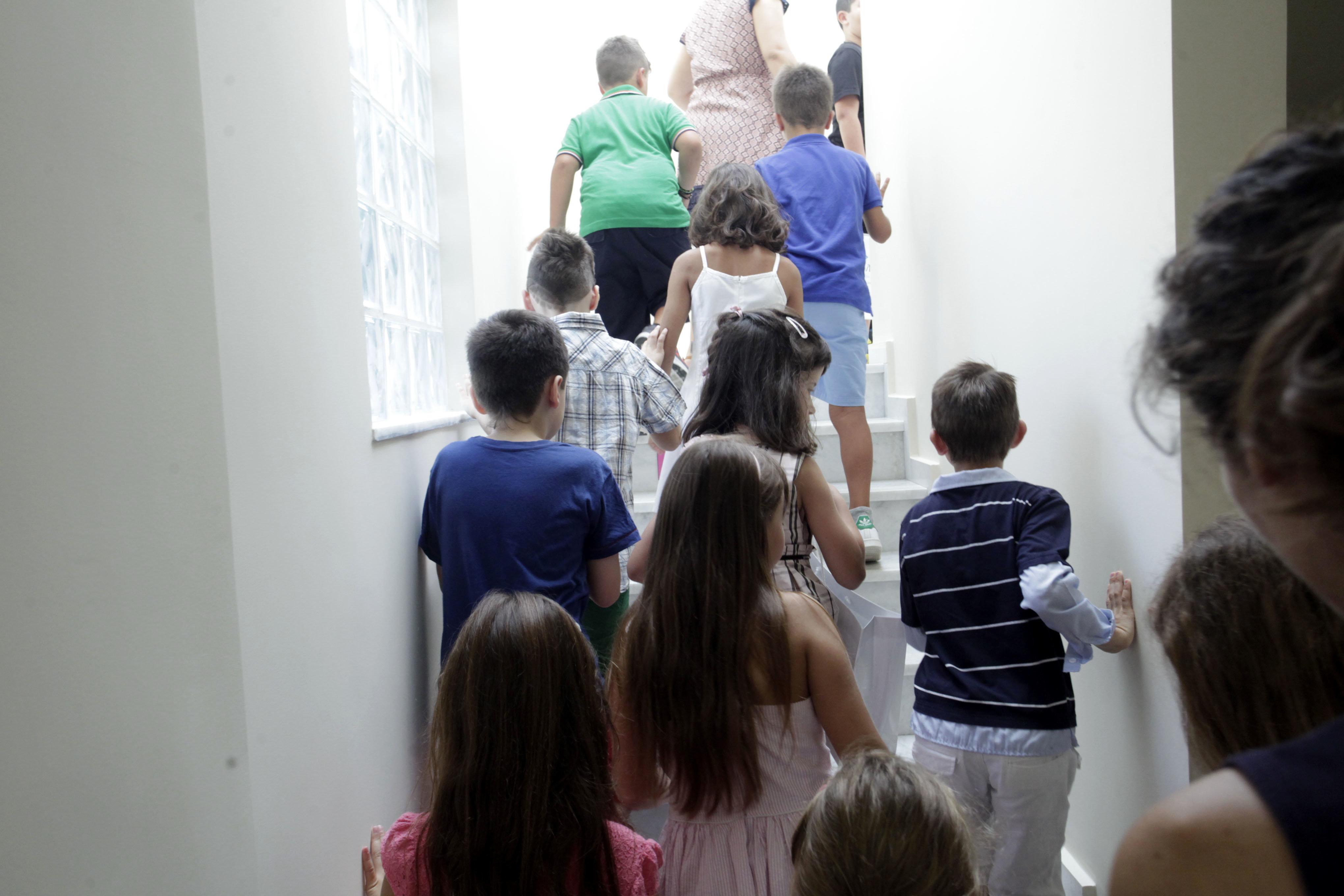 Όλα τα παιδιά των πυρόπληκτων περιοχών της Αττικής θα μπουν σε παιδικούς