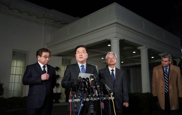 자유한국당이 문재인 정부의 대북특사 파견을