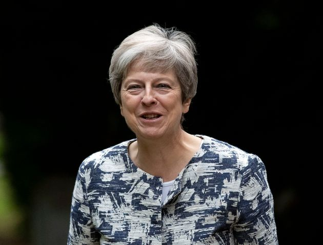 No Deal Brexit Would Risk Recession, Warns Leading