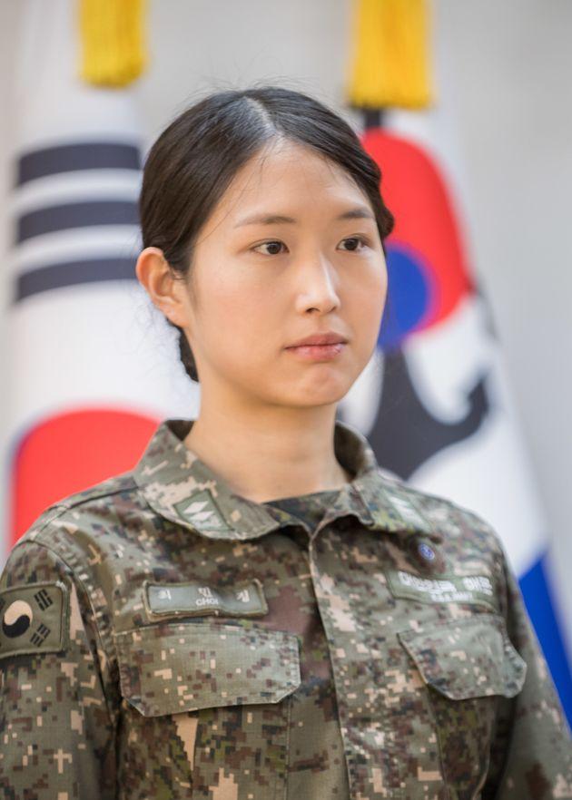 해군 장교 전역한 SK 최태원 차녀 최민정이 중국 투자회사