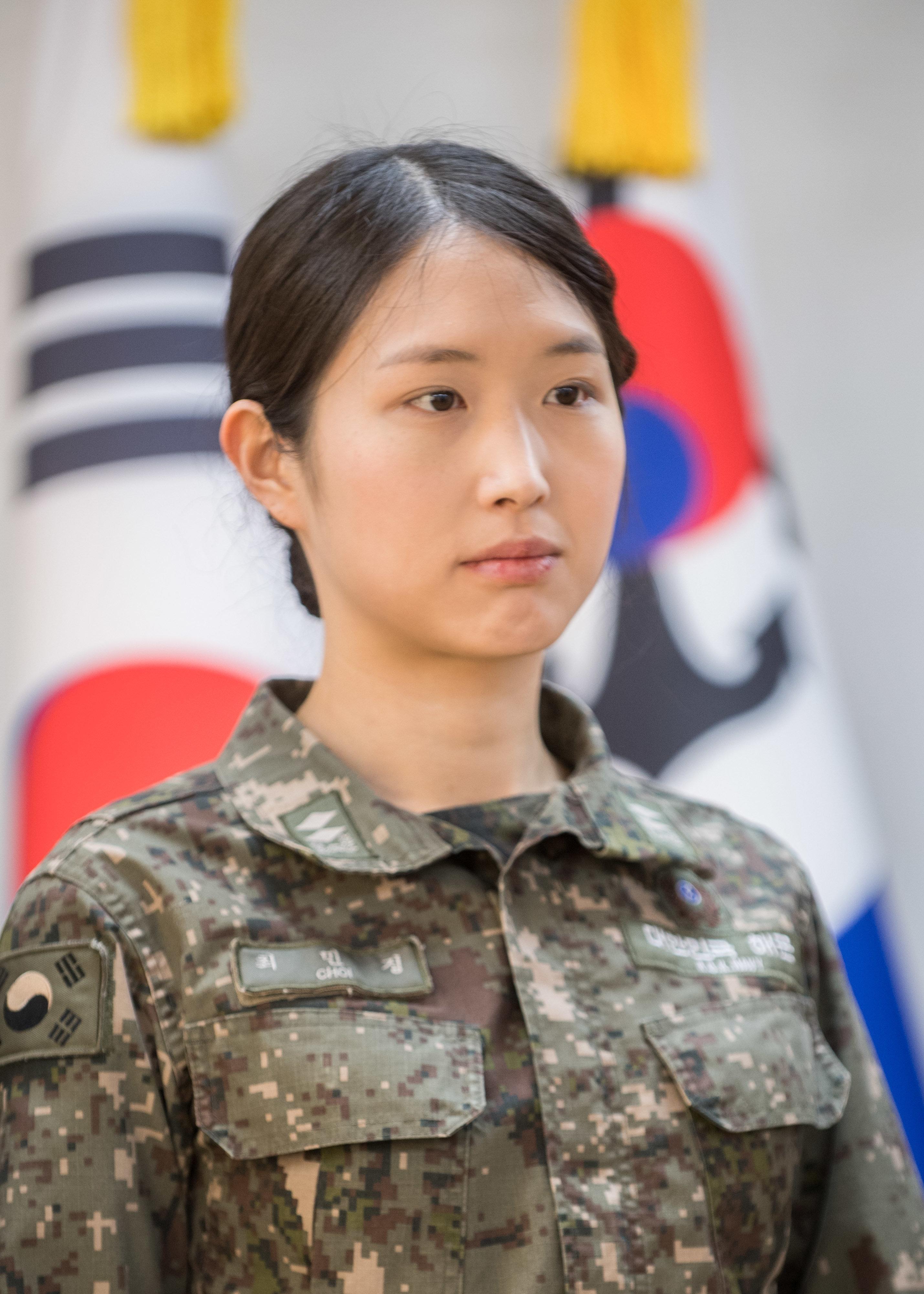 '해군 자원' 국내 3대 재벌가 차녀가 전역 뒤 내린 또 한 번의 이색