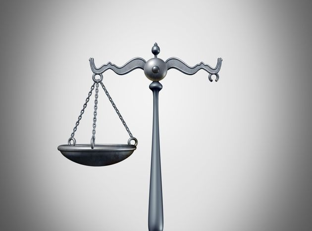 판사들은 판사를 대상으로 한 영장을 왜 자꾸