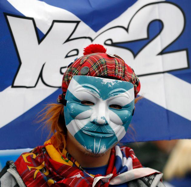 Ένας στους δύο Σκωτσέζους λέει «ναι» στην ανεξαρτησία εάν το Ηνωμένο Βασίλειο προχωρήσει με το