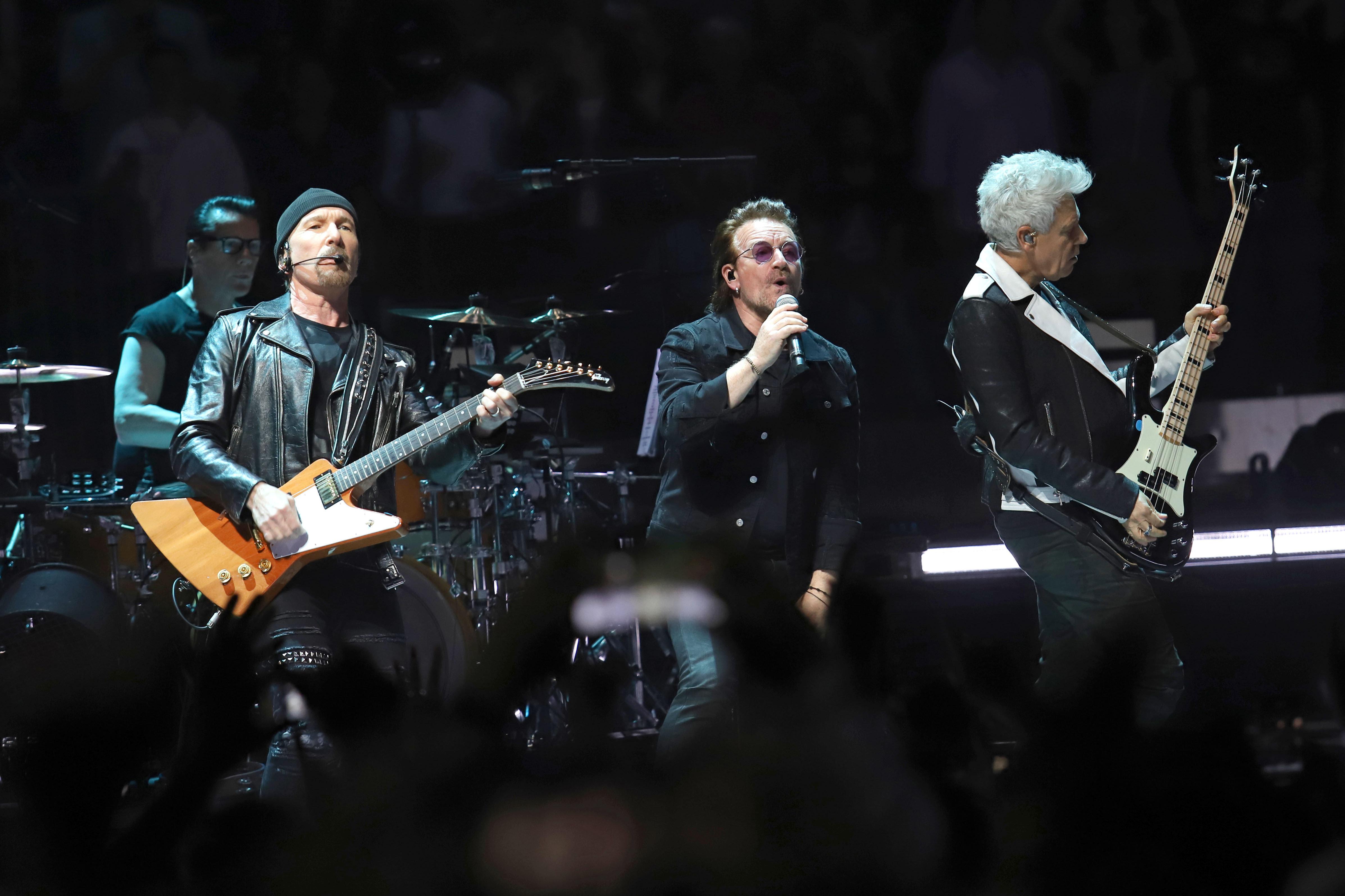 Bono Promises To Finish U2 Tour After Losing