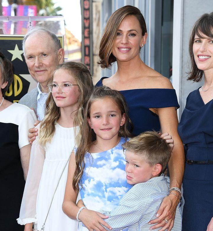Jennifer Garner poses with her kids on Aug. 20, 2018, for her Hollywood Walk of Fame ceremony.