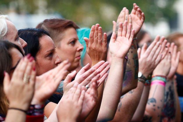 Κεμνιτς: Περισσότεροι από 50.000 άνθρωποι στην συναυλία - διαμαρτυρία εναντίον της