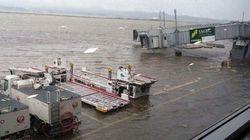 태풍 '제비'의 영향으로 일본 간사이 공항이
