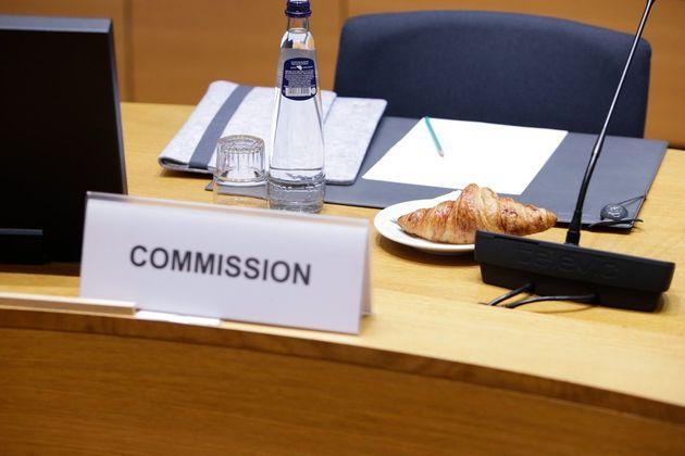 Ευρωπαίος αξιωματούχος: Περιμένουμε αναλυτική πρόταση της Αθήνας για τις