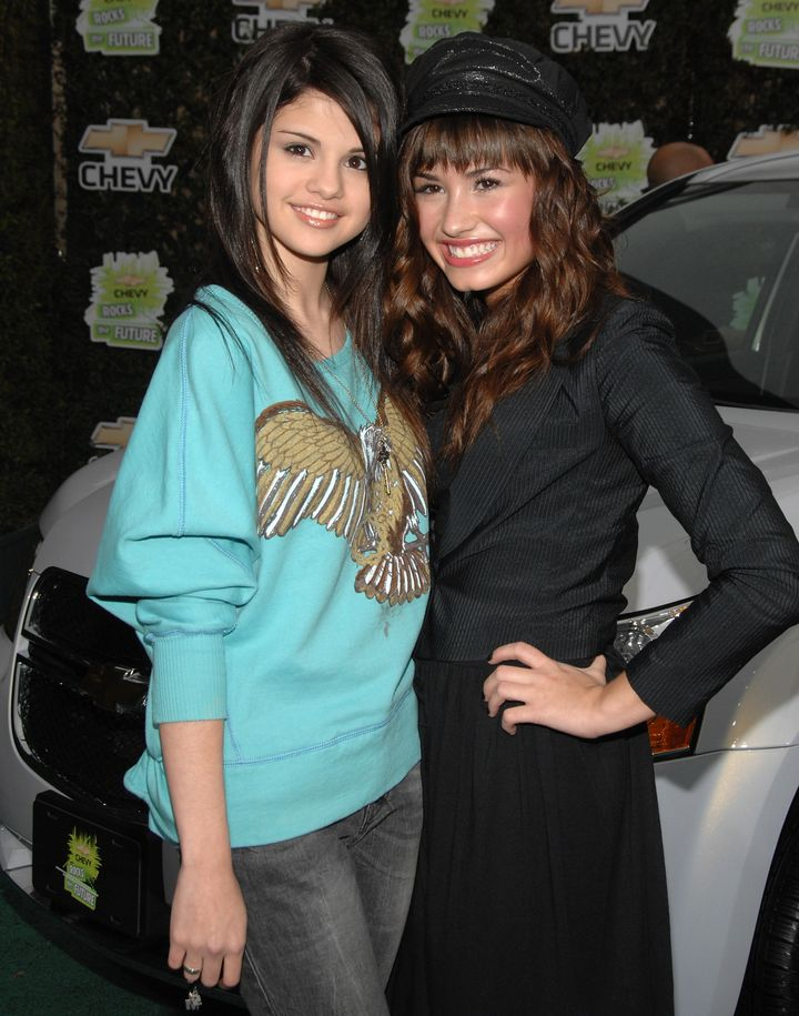 Gomez and Lovato in Burbank, California, in 2008.