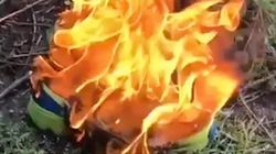 Ils brûlent leurs chaussures Nike pour protester contre la dernière campagne de la