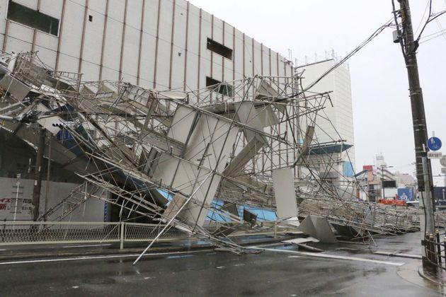 태풍 '제비' 강타한 일본에서 9명이 숨지고 300여 명이