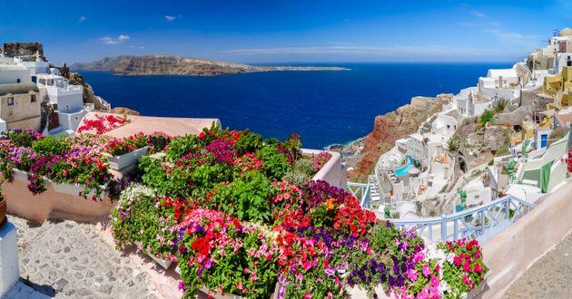 Θρίαμβος της Ελλάδας σε διεθνή ταξιδιωτικά βραβεία -Τα ελληνικά νησιά στην κορυφή του