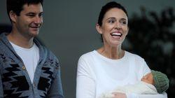 Αντιδράσεις πολιτών για το αυτονόητο: Η πρωθυπουργός της Νέας Ζηλανδίας θέλει να περνά περισσότερο χρόνο με το μωρό της και