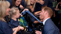 Playful Prince Harry Pulls Faces As He Meets Inspirational Kids At Awards