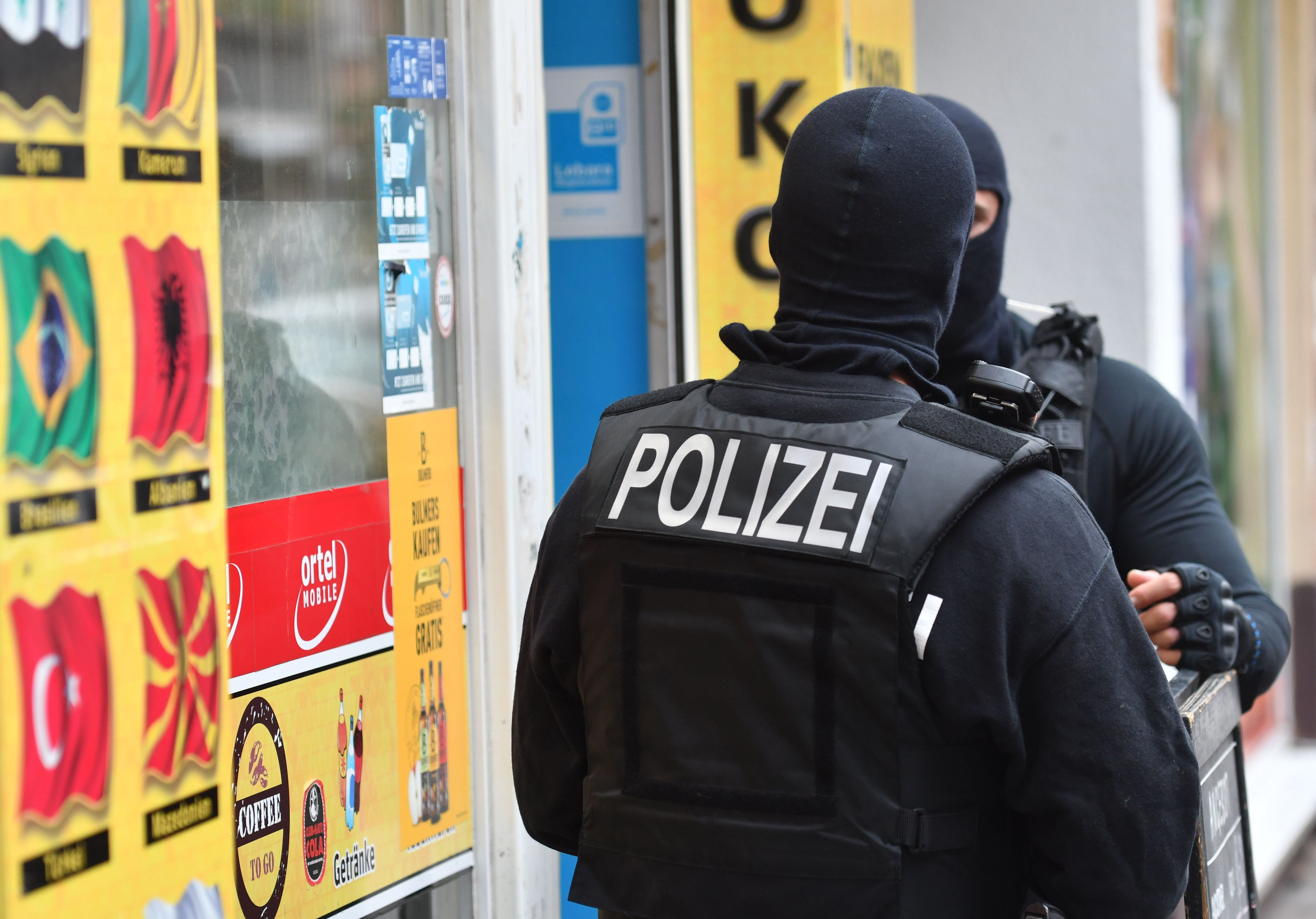 Journalist: So stiften Berliner Familien-Clans Flüchtlinge zu Straftaten an