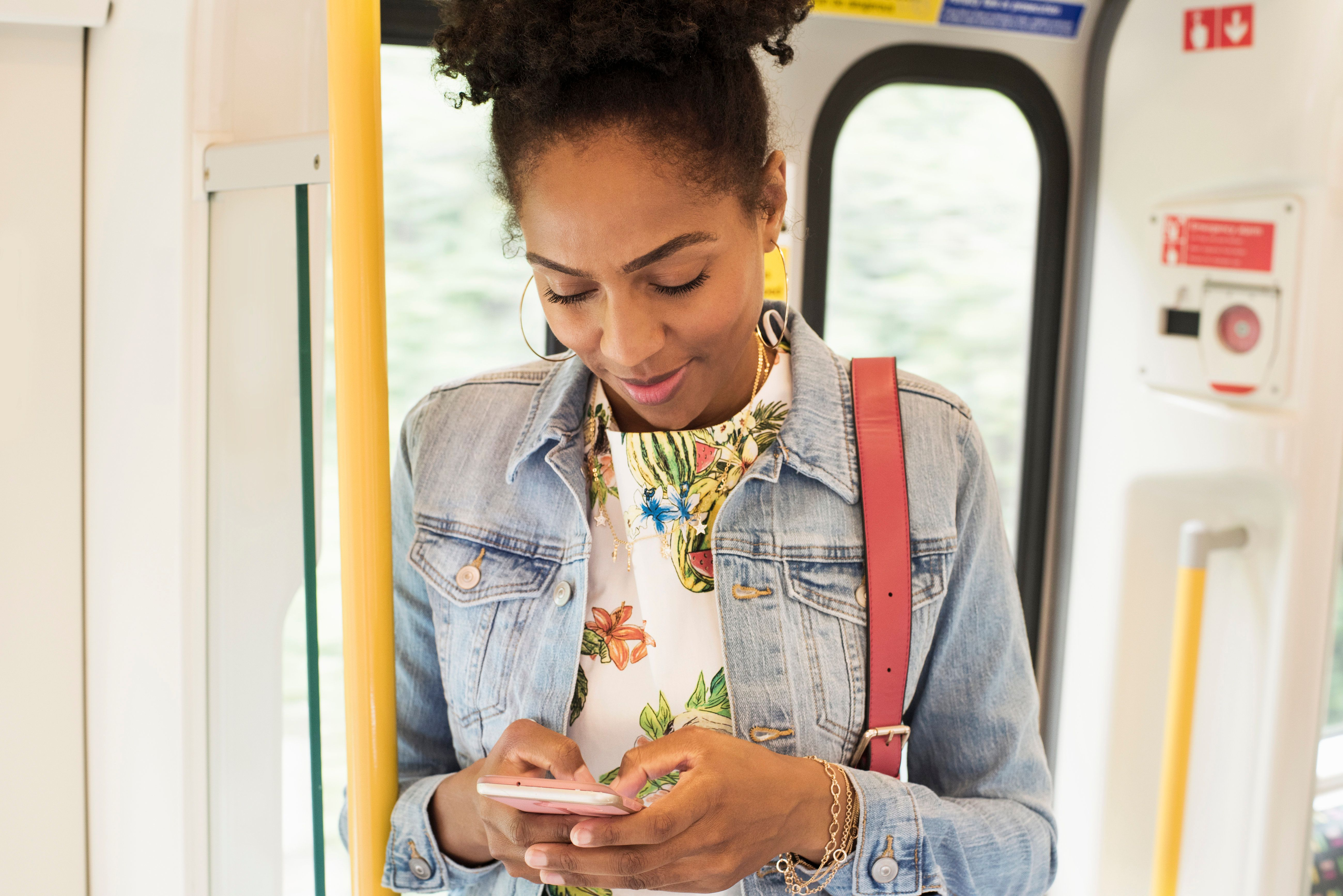We Spent A Week Phoning Our Friends Without Texting Them First - Here's How It