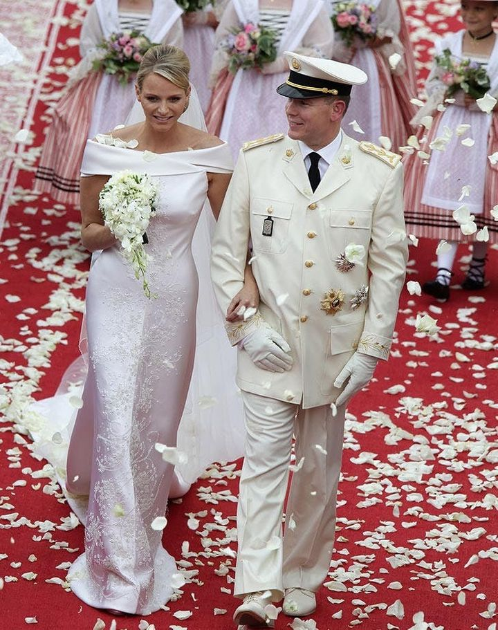 4385ebac5f5d45 15 Of The Most Stunning Royal Wedding Dresses Of All Time | HuffPost ...