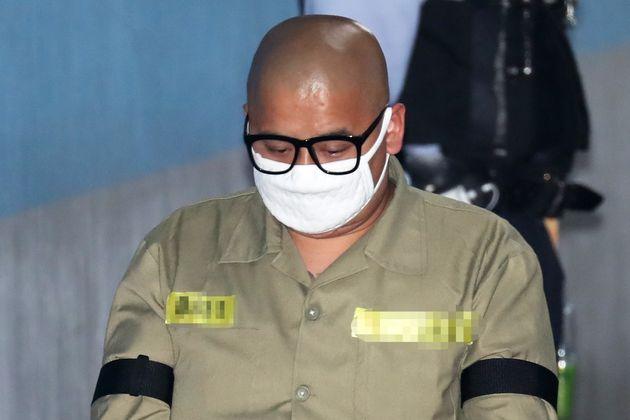항소심 재판부가 사형 선고된 어금니 아빠 이형학을