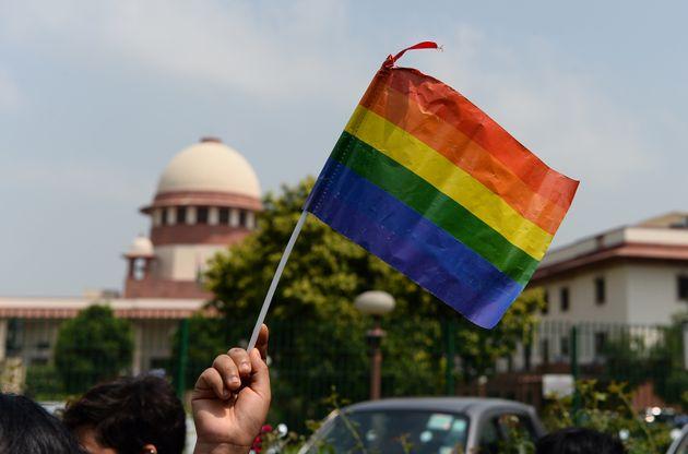 Απόφαση-σταθμός στην Ινδία: Οχι πια «αμαρτωλή συνουσία» το ομοφυλόφιλο