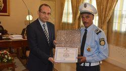 Le policier de la circulation agressé à Bizerte reçu par le ministre de