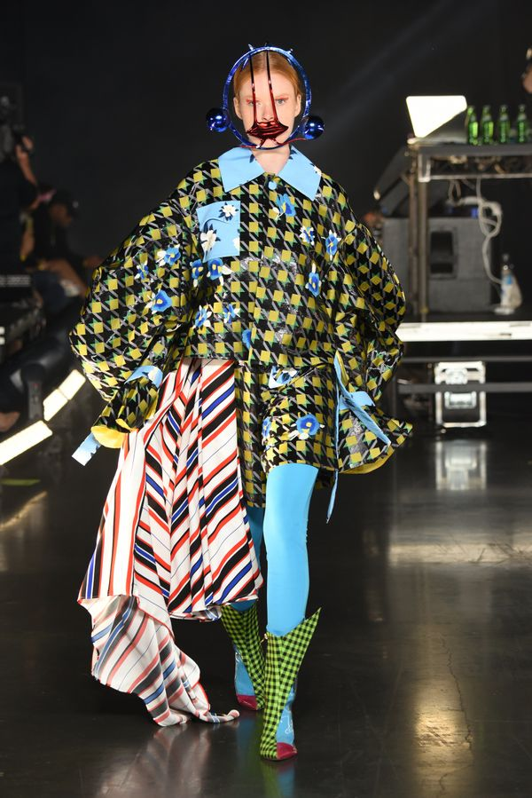 Qiu definitely wasn't afraid to play with patterns for this collection.