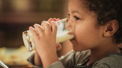 Wonder Whether To Give Your Child Milk Before Bed? Research Has The