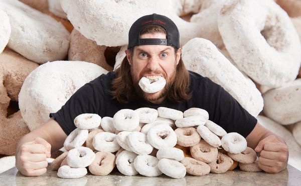 Kevin Strahle was able to eat nine powdered donuts in 60 seconds.