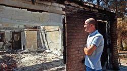 Οδοιπορικό της HuffPost Greece στο Μάτι: Το τεράστιο πρόβλημα με τον αμίαντο, οι κατεδαφίσεις και δύο