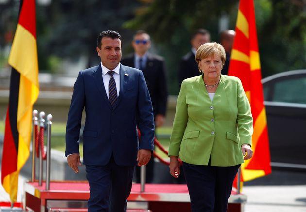 Η Μέρκελ στα Σκόπια: «Τέτοιες ευκαιρίες δίνονται μόνο μια φορά σε κάθε
