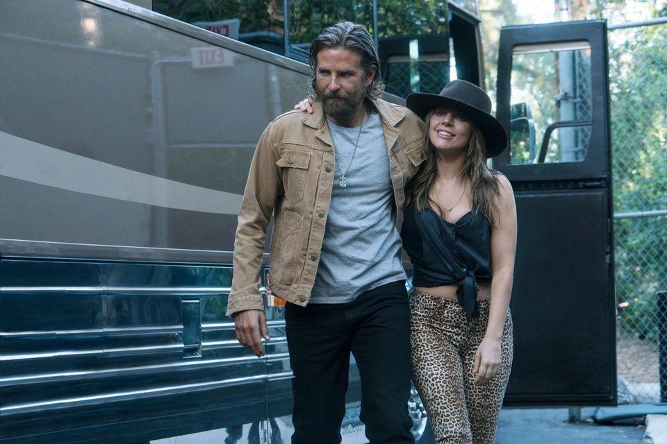 'Nasce Uma Estrela': Lady Gaga e Bradley Cooper brilham em musical