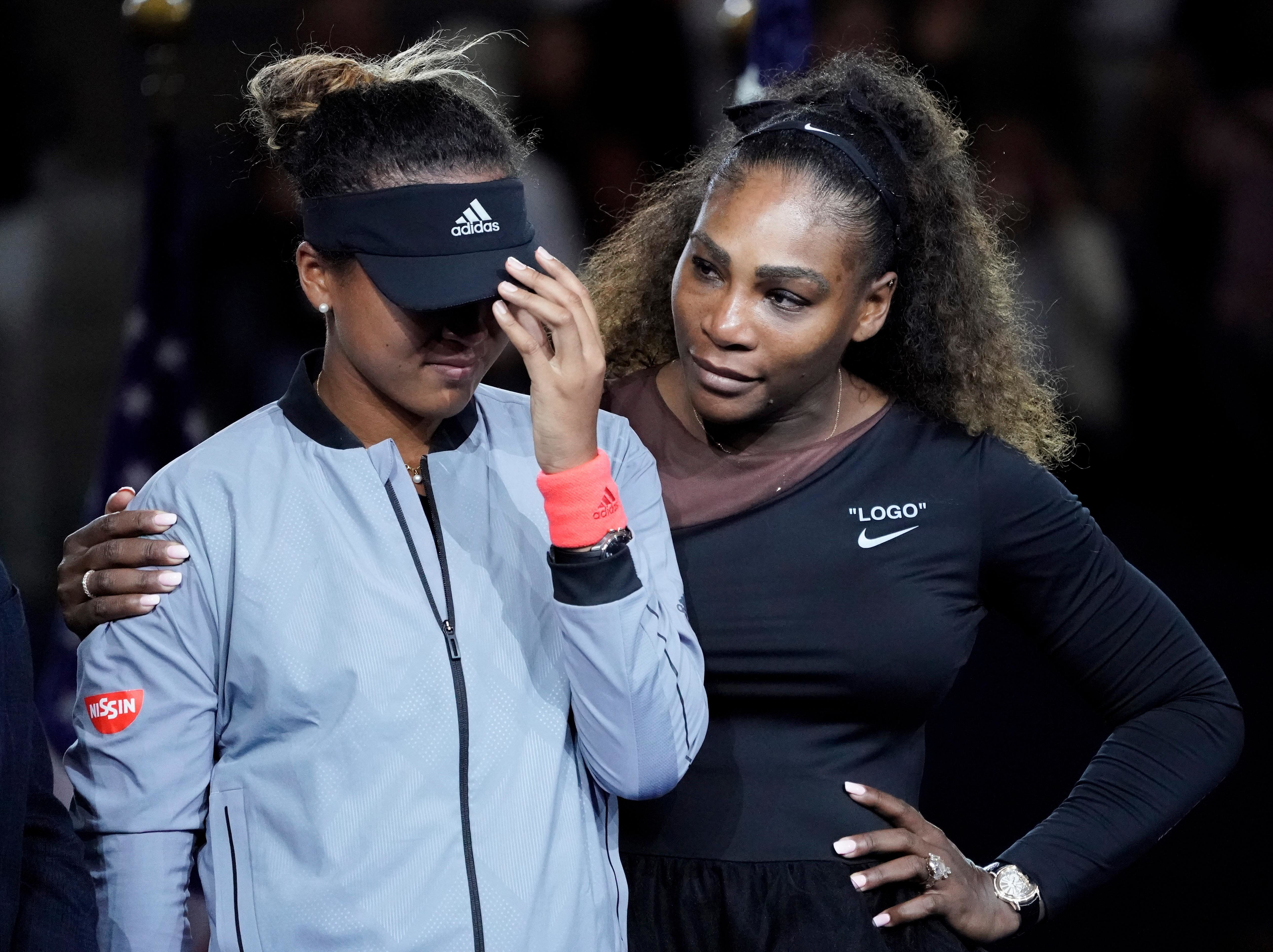 Serena Williams comforts Naomi Osaka after crowd boos