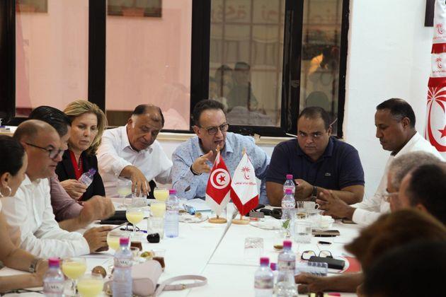 8 députés Nidaa Tounes démissionnent du parti: Youssef Chahed pointé du
