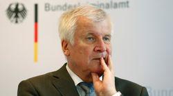Seehofer über Chemnitz: Maaßen muss bis Montag Bericht