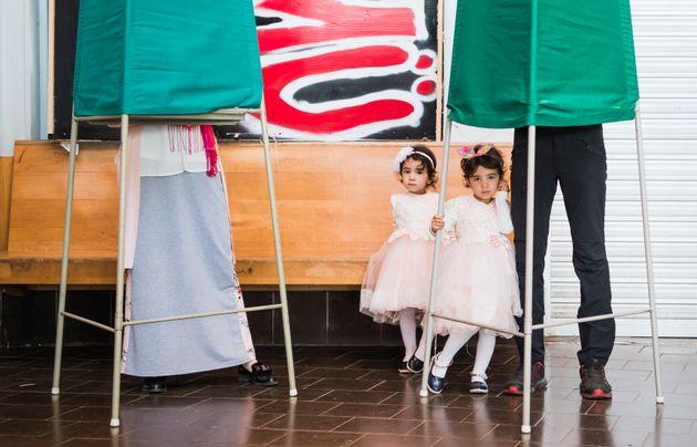 Εκλογές στη Σουηδία: Αυξάνει τα ποσοστά της η ακροδεξιά- οριακό προβάδισμα της κεντροαριστεράς έναντι...