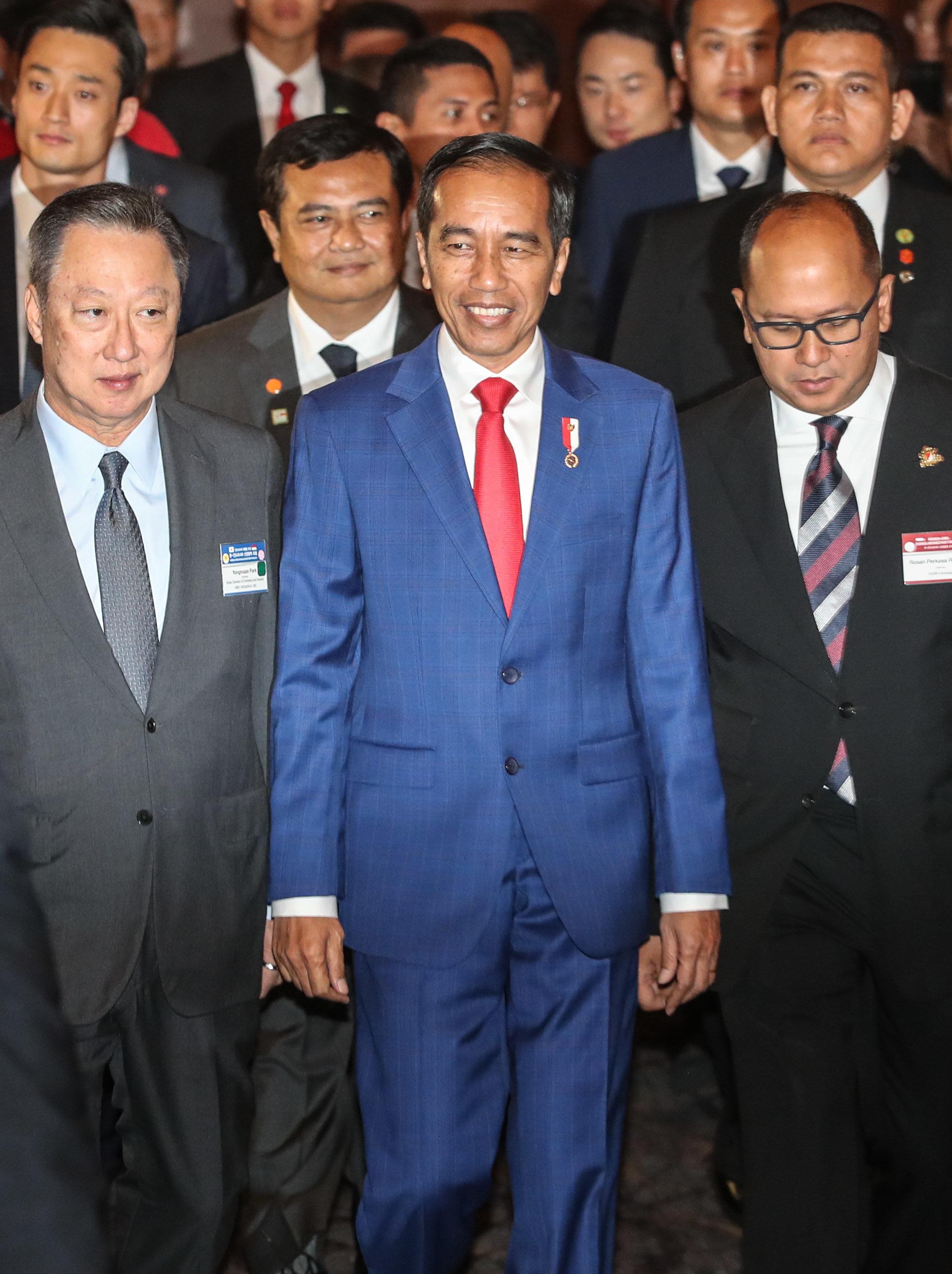 조코위 인도네시아 대통령이 자국 슈퍼주니어 팬 규모를 직접