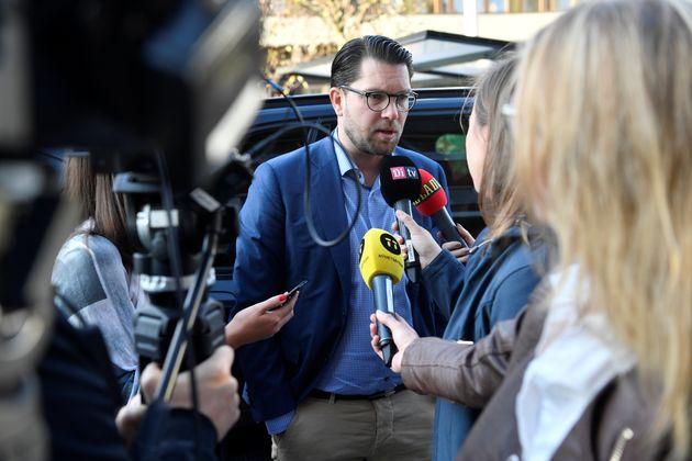 Πολιτικό αδιέξοδο στη Σουηδία, με κέρδη για το ακροδεξιό κόμμα μετά τις