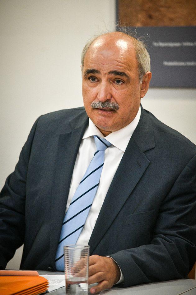 Επιτροπή υπό τον Μπόλαρη αναλαμβάνει τα ιστορικά «αγκάθια» στο