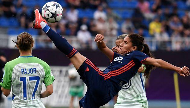 Football féminin - 8 fois championne de France et 4 fois championne d'Europe avec l'OL: À la rencontre...