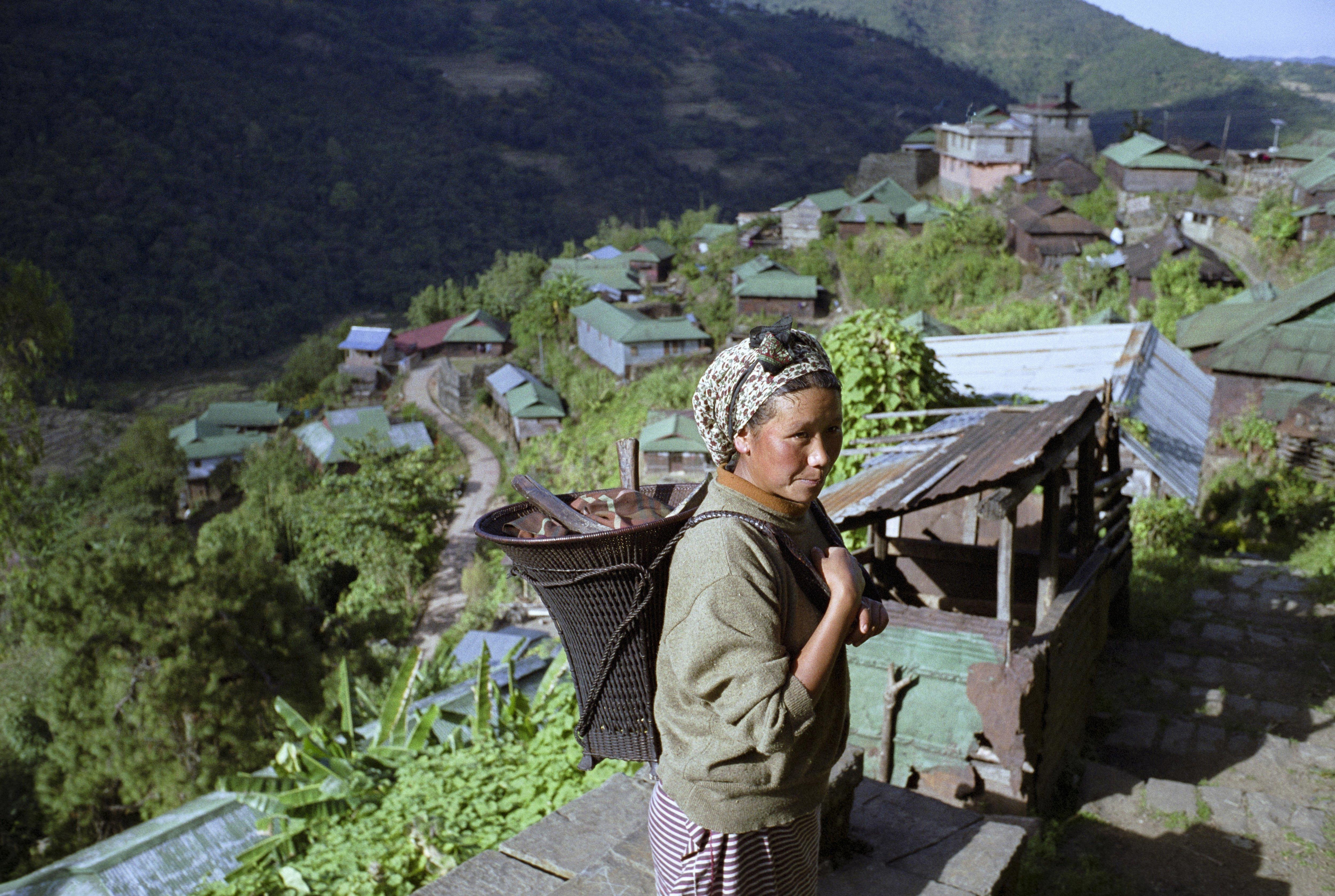 Μια φυλή στην Ασία θυσίασε ό,τι πιο ιερό στην παράδοση της για να προστατέψει το περιβάλλον που ζει