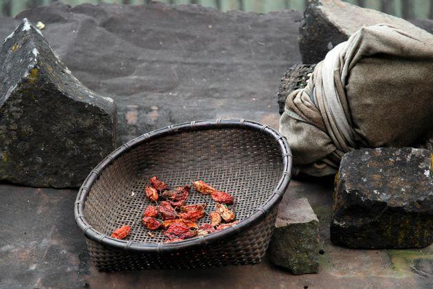 Η φυλή Khonoma στην Ασία θυσίασε ό,τι πιο ιερό στην παράδοση της και βασικό για την επιβίωσή της για...