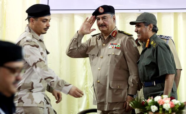 Libye: Haftar retire ses menaces et accuse Al