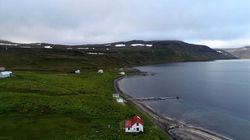 Icelanders Debating Wi-Fi Free