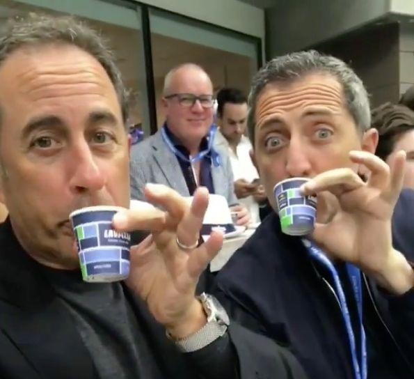 """Gad Elmaleh enseigne à Jerry Seinfeld comment """"boire le café à la"""