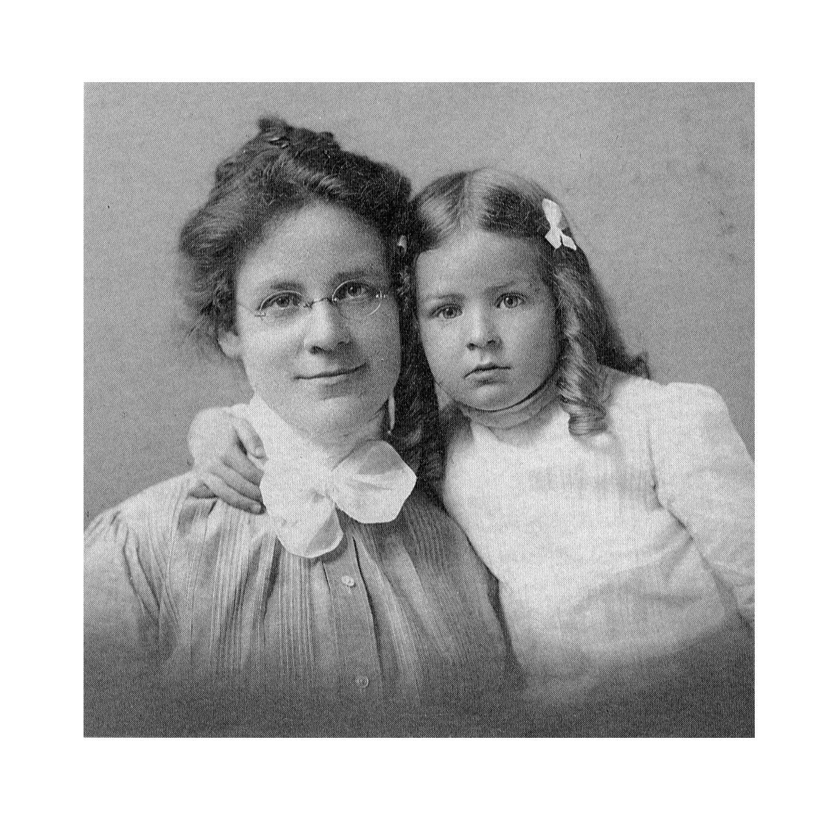 Katharine Cook Briggs and her daughter Isabel Briggs Myers. Decades after this photo was taken, they brought the Myers-Briggs
