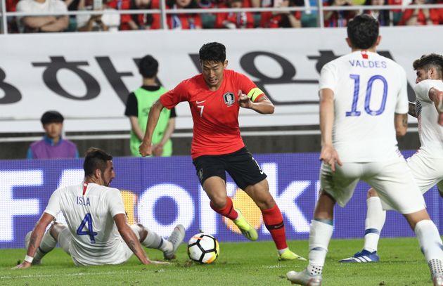 한국-칠레 축구 대표팀 친선경기가 0-0으로