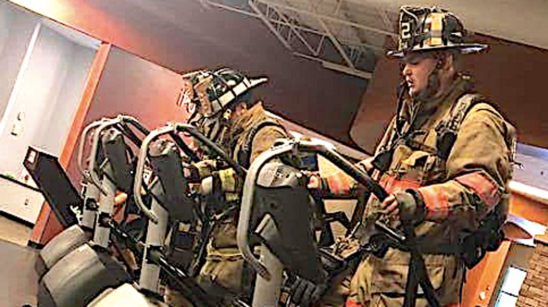 Firefighters Pay Tribute To 9/11 Heroes By Climbing 110