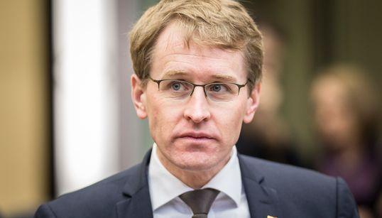 CDU-Poltiker Günther fordert von seiner Partei, die AfD unter fünf Prozent zu