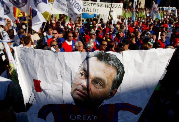 Βίκτορ Όρμπαν: Ποιος είναι ο άνθρωπος που πιστεύει ότι η Ευρώπη δέχεται